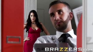 BRAZZERS - Boss Have Sex With Secretary Video - Kortney Kane, Keiran Lee - HD 720p