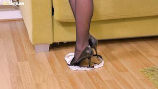 Pornstar Henessy Striptease HD 1080p