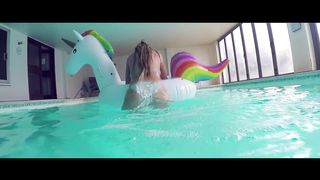 HD Striptease Porn Video Sexy Teen In The Pool Play The Luxury Inflatable Unicorn - Danielle Sellers - 1080p
