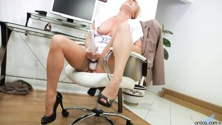 Ginger Lynn anilos magic wand solo