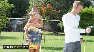 Brazzers - The Scarecrow of Oz A XXX Porn Parody - Danny D, Brooklyn Blue - HD 720p