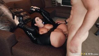 New 7 February 2019 Zach Wild, Angela White - HD 1080p