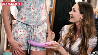 Mother and Daughter Make A Lesbian Sex Tape - Cynthia Vellons, Gina Gerson