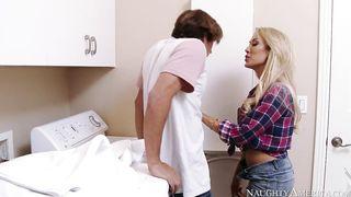 America USA Neighbor Sex 2014 [35 min] - Caprii Cavalli, Tyler Nixon - HD 720p
