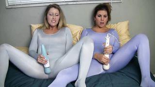 Spandex lesbian game