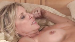 american best mom get fucked at night to her son  porn 2