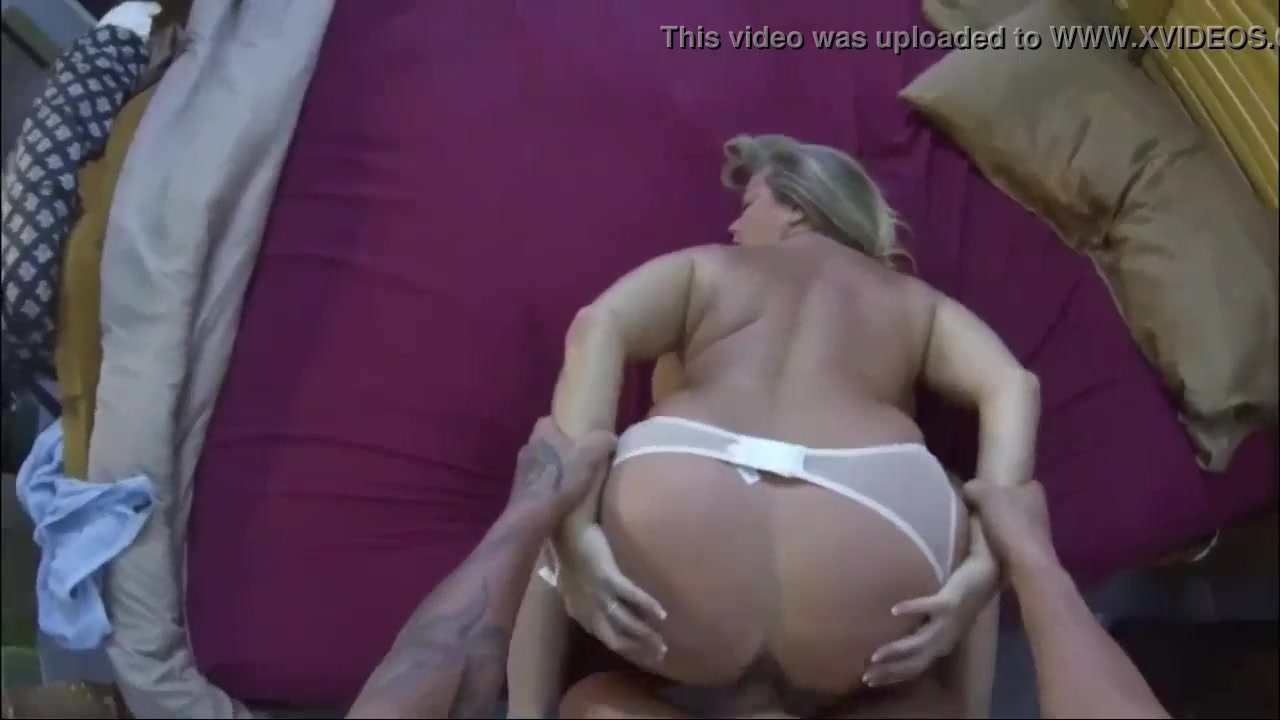 Old Stepmom Fucks Stepson