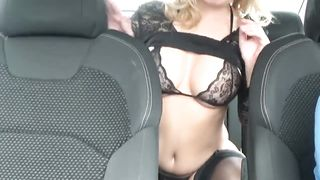 LolyAmateur in the car solo strip show
