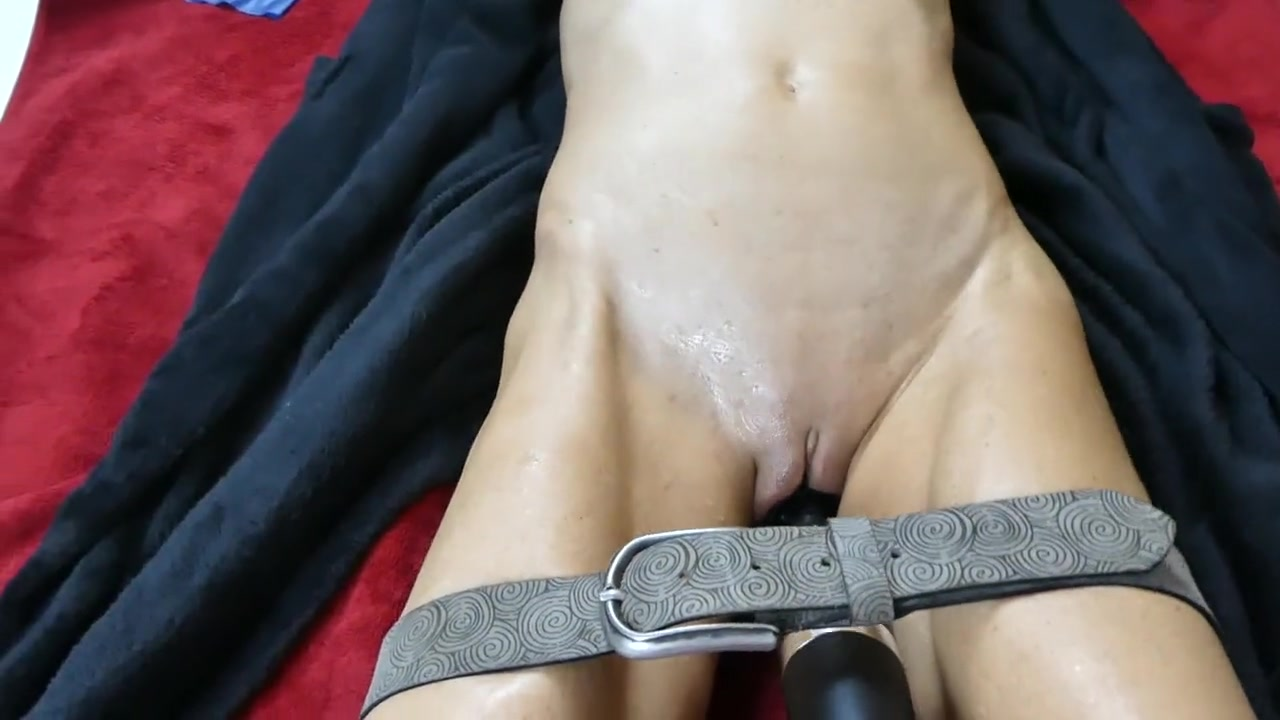 Riding Dildo Squirt Orgasm